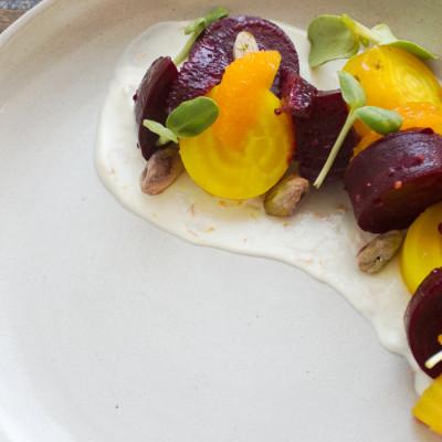 siggi's salata od cikle i agruma s pistacijama
