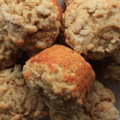 Muffins aux flocons d'avoine et à la poire