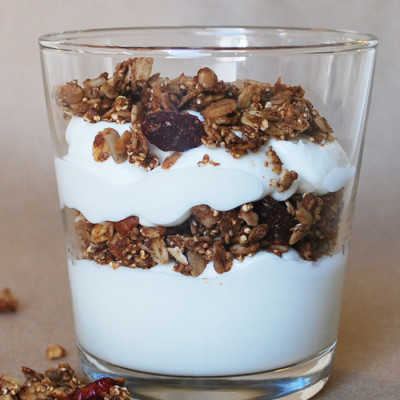 Simple Yogurt & Granola Parfait